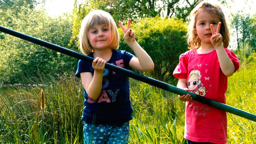 Nya generationen sportfiskare. Foto Hån-Vemdalens fvo